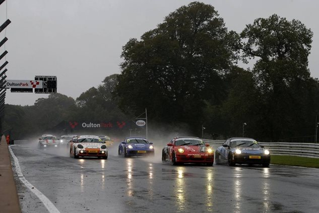 Clark leaves stormy Oulton Park ahead in title fight