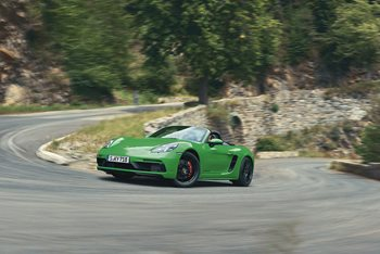 New 718 GTS 4.0 reverts to six cylinders