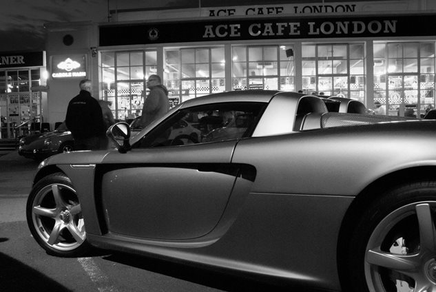Photo 3 from the Carrera GT Photos gallery