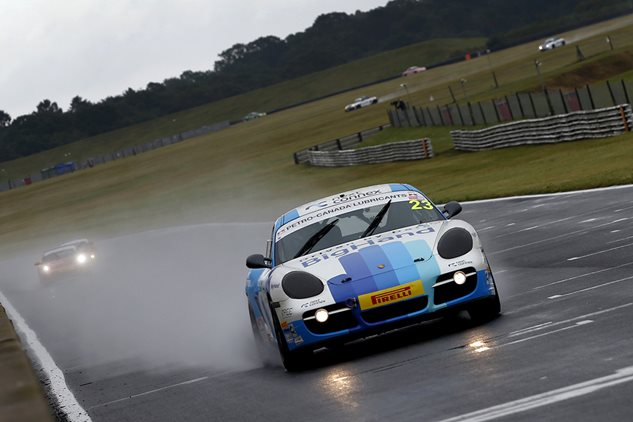 Clark and Dyer take Porsche wins at Snetterton