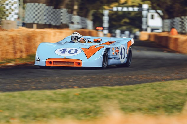 Living legend – driving the Porsche 908